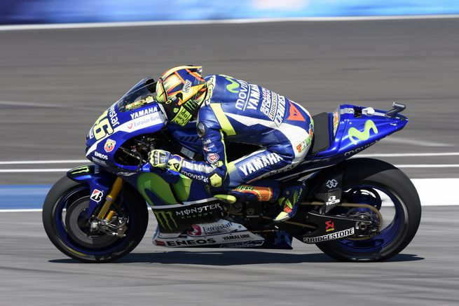 valentino-rossi-2015-misano-preview-yamaha-2
